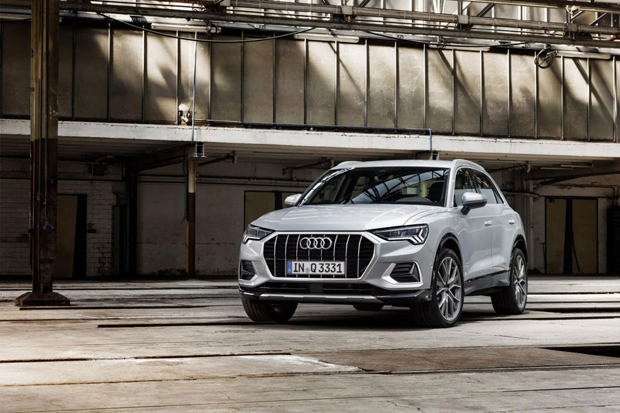 Click to enlarge image 01_Audi-Q3.jpg